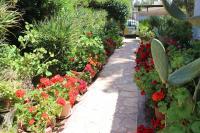 zahrada Chava Pressburgerové v Omeru