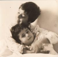 Children - Šlomit and Efrat