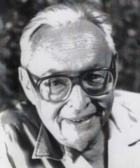 Husband Dov Barnea (Jan Bramer)