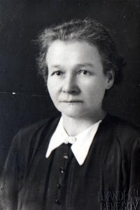 Maminka Ireny Hešové