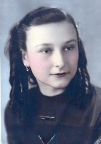 Irena Hešová 15 let, jak ji pamatovala ještě maminka