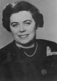 Maminka Evy Erbenové Marta Loevidtová, 1941