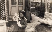 Eva Erbenová po přestěhování, Praha - Strašnice 1936