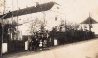 Farm in Olbramovice, Hana as a child dressed in black, 1935