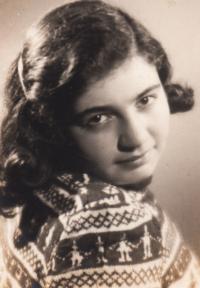 Ela Steinová-Weissberger, friend from room 28 in Terezín