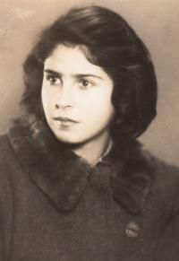 Eva Sternová, friend from room 28 in Terezín