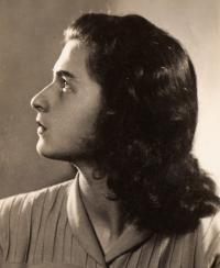 Anna Flachová Hanusová (Flaška), friend from room 28 in Terezín