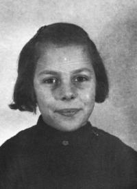 Ruth Šlechtová, friend from room 28, Theresienstadt