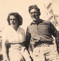 Hana with her cousin Hanuš Kraus, Israel 1951