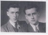 Dobová fotografie, Karel Ellinger s bratrem Janem před válkou