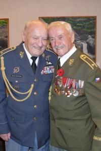 Brigádní generálové Zdeněk Škarvada a Mikuláš Končický