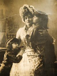 Prababička Marie Josifovna, rok 1885
