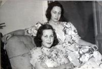 Se starší sestrou