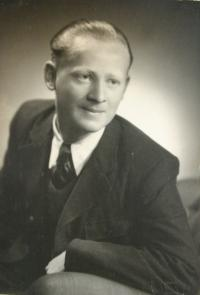 Vladimír as actor Oldřich Nový