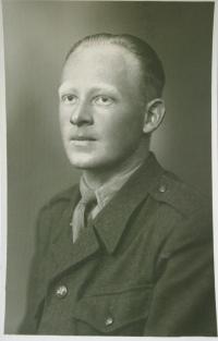 Vladimír during his military service