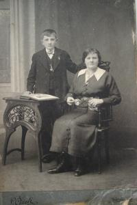 Vladimír's mother and his brother