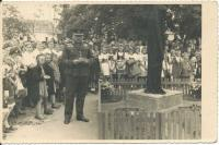 General Přikryl unveiling a memorial to the Red Army soldiers in Lipník (1947)