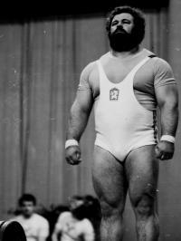 Vzpěračem v roce 1976