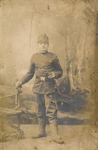 Tchán Stanislava Chromčáka Josef Hušť v armádě