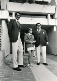 Komrsková OH 1972 Mnichov, vpravo vzpěrač Pavlásek