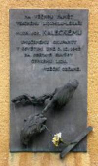 Pamětní deska na MUDr. Josefa Kaleckého