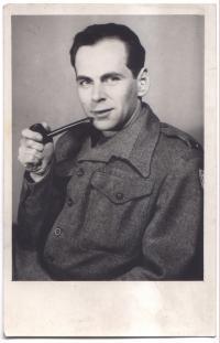Hanuš Kotek v roce 1941