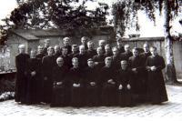 1974 seminář v Litoměřicích, P.Pometlo horní řada vlevo