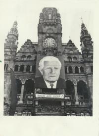 Obraz L. Svobody na radnici