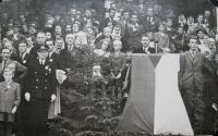 National Pilgrimage in Javoříčko September 23, 1945 which was attended by some 25,000 visitors. (Photo survivors)