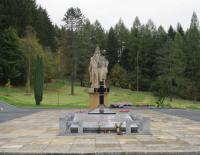 Memorial by sculptor Jan Tříska, which commemorates the burning of Javoříčko, October, 2011.