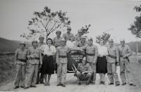 Volunteer firefighters Veselíčko to 9 April 1945 went to extinguish the gamekeeper lodge in Javoříčko while the mayor was gunned Veselíčko Franz Malinka
