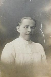 Grandmother Marie Spiwoková in which Milan Vlcek lived during the war imprisoned mothers