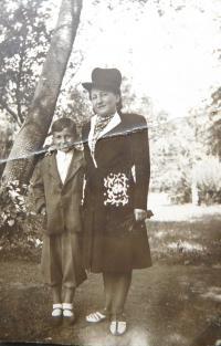 Milan Vlcek with her mother Emilie