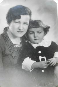Milan Vlcek childhood with her mother Emilie Vlčková