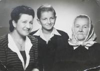 Milan Vlcek with her mother and grandmother Emilie Vlčková Marie Spivokovou