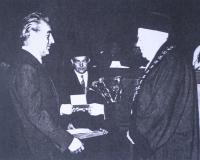 Předávání diplomu CSc v roce 1973