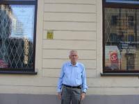 Kornel Morawiecki outside Solidarność Walcząca's office in Wrocław