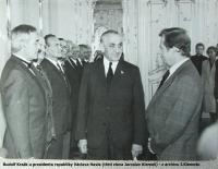 Rudolf Krzák u presidenta republiky Václava Havla (třetí zleva Jaroslav Klemeš)