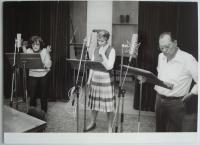 Herci v rozhlasovém studiu - Jaroslava Adamová, Daniela Kolářová, Rudolf Hrušínský