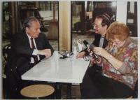 S redaktorem Antonínem Zelenkou při rozhovoru