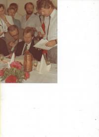 Jaroslav Haidler a Václav Havel v roce 1990