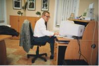 Jaroslav Haidler v redakci Průboje v 90. letech