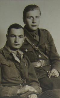 Josef Kulich vpravo
