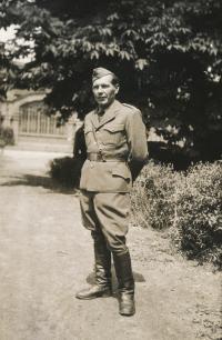 Václav Vlk, otec pamětnice, Praha 2.6.1945