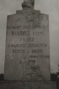 Monument to the founding of the village Bakovce standing in the local cemetery