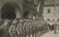 Defilé v Praze, 1945