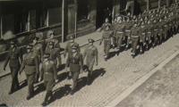 Defilé v Praze, Emil Kočnár v čele, 1945