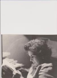 Olga Bojarová reading 2