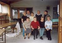 Václav Kelnar (horní řada druhý zprava) s rodinou