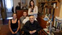 Děti na návštěvě u Jindry Hojera